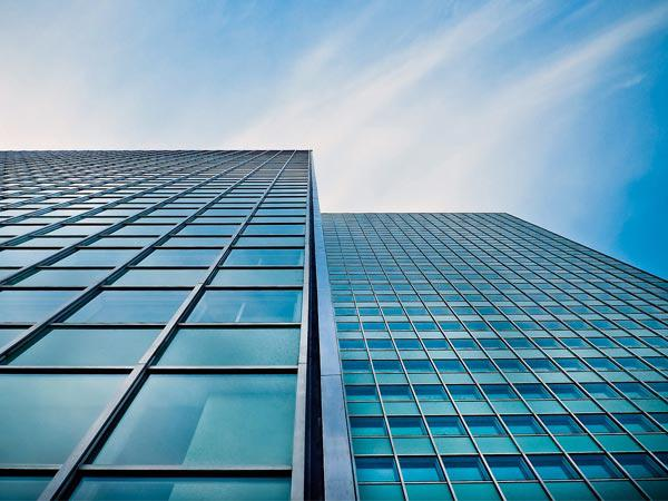 Advantages and disadvantages of curtain walls